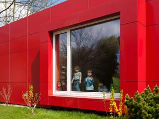 Kindergarten Modernisierungen und Erweiterungen Moderne Häuser von Schenning-Architekten Modern