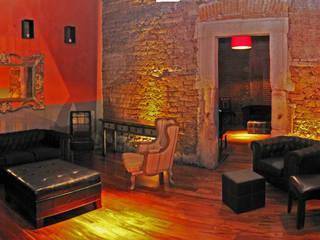 Salones de eventos de estilo ecléctico de Taller Habitat Arquitectos Ecléctico