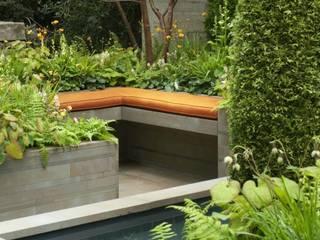 RHS CHELSEA 2012 - ARTISAN GARDEN - SILVER MEDAL WINNER Mediterranean style garden by Ruth Willmott Mediterranean