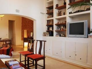 Living room by Parrado Arquitectura