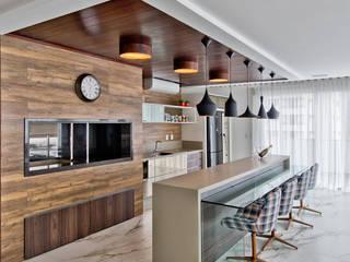 Cozinhas modernas por Espaço do Traço arquitetura