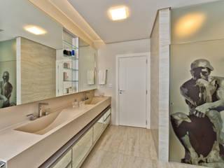 Banheiro master: Banheiros  por Espaço do Traço arquitetura
