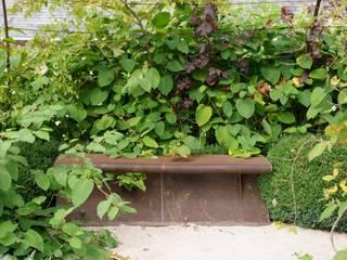 Panca ruggine Giardino in stile mediterraneo di Anna Paghera s.r.l. - Green Design Mediterraneo