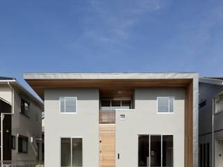 Rumah Modern Oleh 株式会社FAR EAST [ファーイースト] Modern