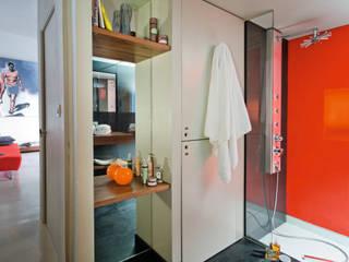 Loft Talensac Salle de bain moderne par Les Colorantes Moderne