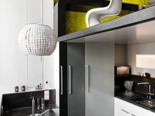 Loft Talensac Cuisine moderne par Les Colorantes Moderne