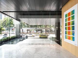 Torre ROUZ : Edificios de Oficinas de estilo  por Studio Orfeo Quagliata
