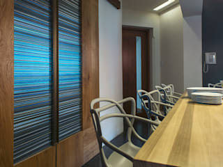 Residencia CD de México: Ventanas de estilo  por Studio Orfeo Quagliata