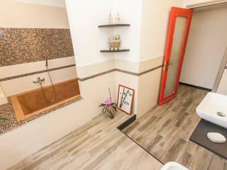 Bathroom - Genova Bagno moderno di Architetto Paola Baratta Moderno