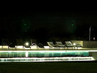 Club de Campo Las Moritas: Jardines de estilo  por binomio