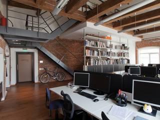 Офис архитектурное бюро Lofting Офисы и магазины в стиле лофт от LOFTING Лофт