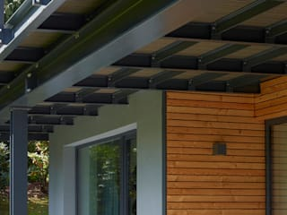Varandas, alpendres e terraços modernos por insa4 ingenieure sachverständige architekten Moderno