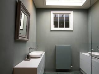 Marike project, Antwerpen Belgie Moderne badkamers van Marike Modern