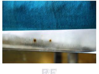 Stalowa pufa z welurowym siedziskiem od ReNowe Art Azjatycki