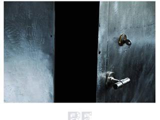 Pancerna metalowa szafa od ReNowe Art Industrialny