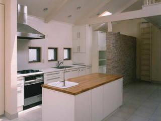 Kitchen by 豊田空間デザイン室 一級建築士事務所