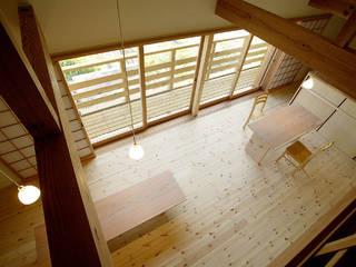 岩崎の家 モダンデザインの ダイニング の 祐成大秀建築設計事務所 モダン