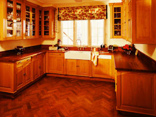 Barton Manor Pantry designed and made by Tim Wood by Tim Wood Limited Колоніальний