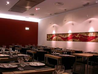 Gastronomía de estilo moderno de MAT architettura e design Moderno
