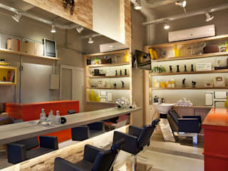 Commercial Spaces by STUDIO LN, Industrial