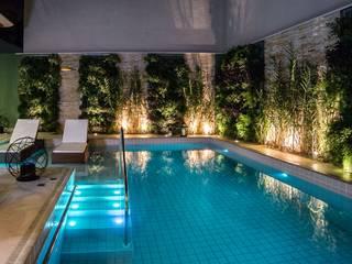 Residência Interlagos : Piscinas  por Nadia Takatama arquitetura e interiores