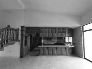 modern Kitchen by Juan Luis Fernández Arquitecto