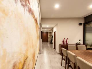 Corridor & hallway by Cambio De Plano