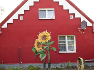 Sunflower Garden:  Häuser von BOMBYE Kreation