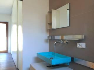 CASA ALL'EUR [2013] Bagno moderno di na3 - studio di architettura Moderno Ceramica