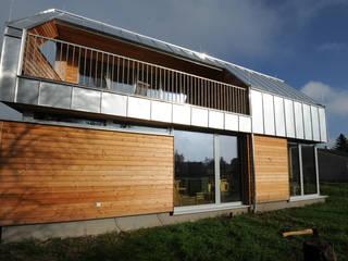 Südfassade:  Häuser von Symbios Architektur