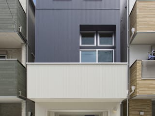 川崎の家 モダンな 家 の 秦野浩司建築設計事務所 モダン