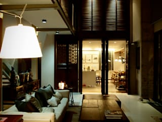 Residence Choumburi Modern living room by Inverse Lighting Design ltd. Modern