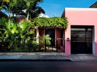 Fachada Casas modernas: Ideas, imágenes y decoración de Taller Estilo Arquitectura Moderno