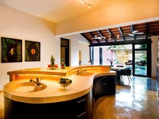 Cocina Cocinas modernas: Ideas, imágenes y decoración de Taller Estilo Arquitectura Moderno