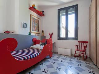 Chambre de garçon : Chambre d'enfant de style  par Manilay Pluquailec