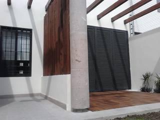 Terrazas de estilo  de Arq. Beatriz Gómez G.
