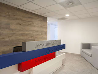 Modern offices & stores by HO arquitectura de interiores Modern