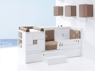 Clip Convertible Cot Bed Brown (K506):   by Casa bebé