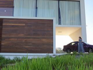 Casa Bromélia por Urban Arquitetura Moderno