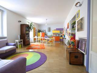 Livings modernos: Ideas, imágenes y decoración de ARCHITETTO FRANCA DE GIULI Moderno