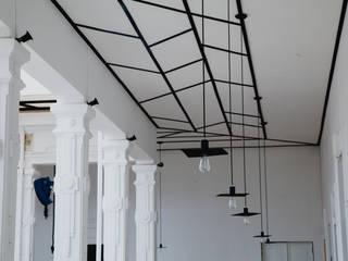 JULIANA Restaurante Bares y clubs de estilo moderno de DESTE estudio Moderno