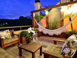 Stúdio Márcio Verza Balcones y terrazas de estilo rústico