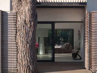 Anlage in Süd Frankreich Moderne Häuser von Ecologic City Garden - Paul Marie Creation Modern