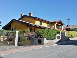 Mediterranean style house by Studio Tecnico Vallan Mediterranean