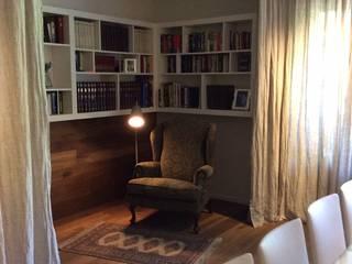 Salas de estilo moderno de DyD Interiorismo - Chelo Alcañíz Moderno