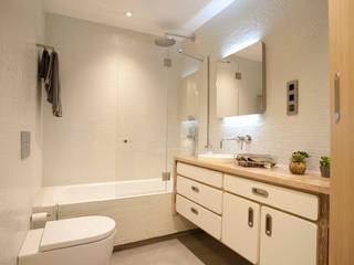Baños de estilo  por MADG Architect