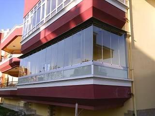 Varandas, marquises e terraços modernos por armoni yapı Moderno