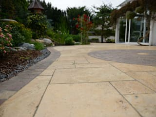 Jardines de estilo mediterráneo de Nagelschmitz Garten- und Landschaftsgestaltung GmbH Mediterráneo