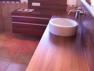 Bäder Moderne Badezimmer von Schreinerei Mayle Modern