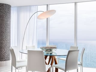 Modern dining room by Regina Claudia p. Galletti Modern